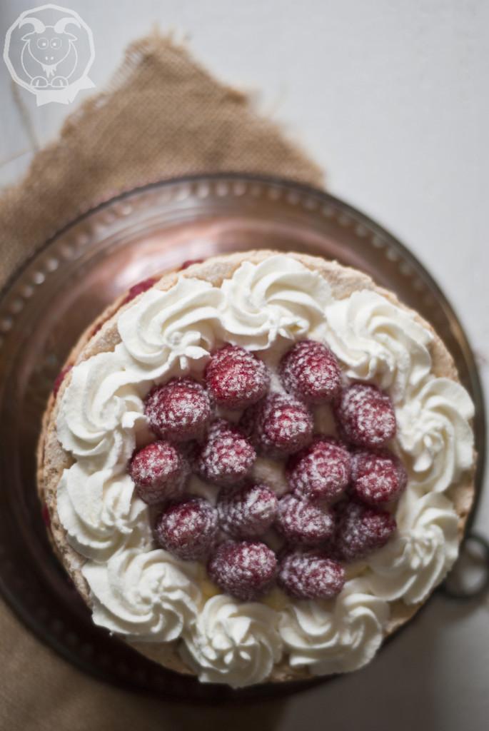 torta meringa mandorle_2_logo