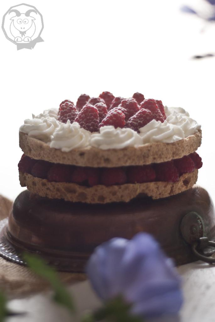 torta meringa mandorle_4_logo