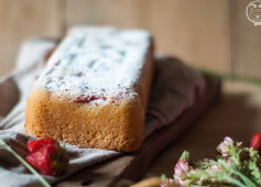 Cake soffice con fragole